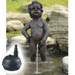 Bermuda Brussels Boy Statue + MightMite 1000 Pond Pump