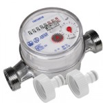 Pond Water Meter with hose joiners